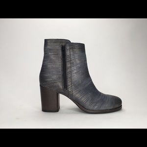 FRYE ADDIE DOUBLE ZIP LEATHER STACKED HEEL BOOTS
